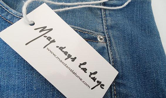 Étiquettes textile cartonnée